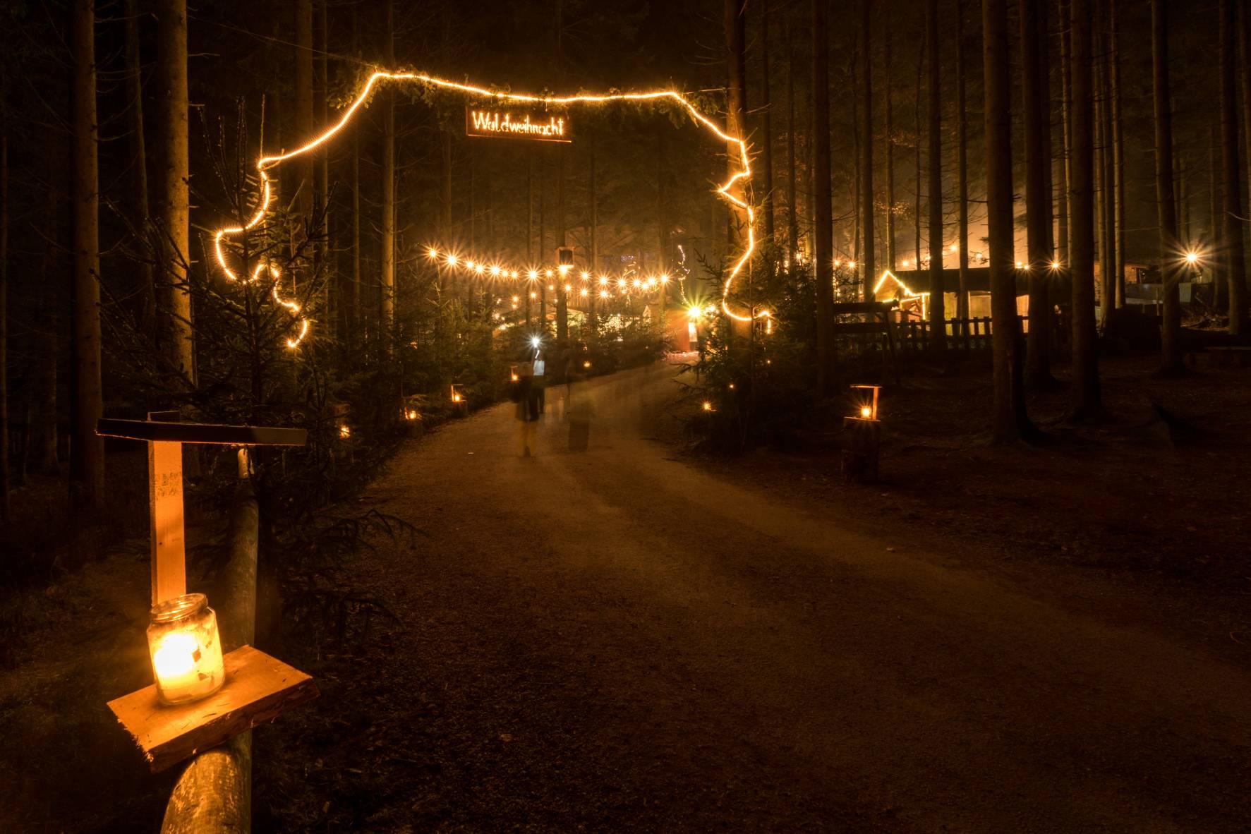 Schwimmender Weihnachtsmarkt.Willkommen Schwimmender Weihnachtsmarkt Vilshofen Und